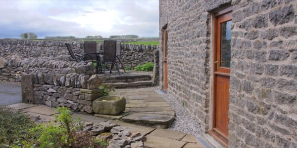 byre-holiday-cottage-exterior