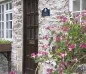 derbyshire-self-catering-cliffe-cottage-outside