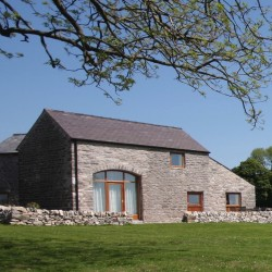Hayloft, a quality Peak District Holiday Cottage